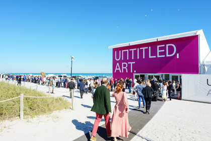 Opening of VIP and Press Preview | Miami Beach 2019